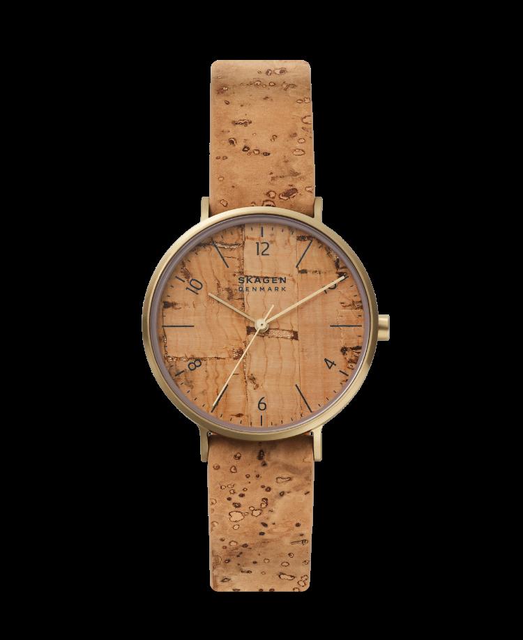Eine umweltfreundliche Uhr aus Kork.