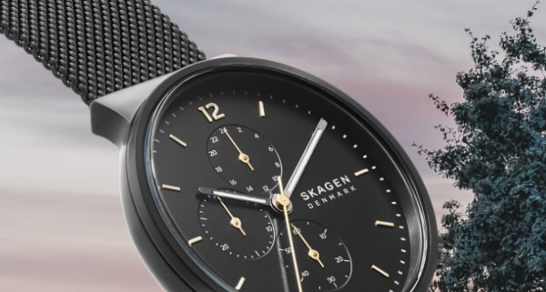 Bestselling Ancher, now with chronograph movement.