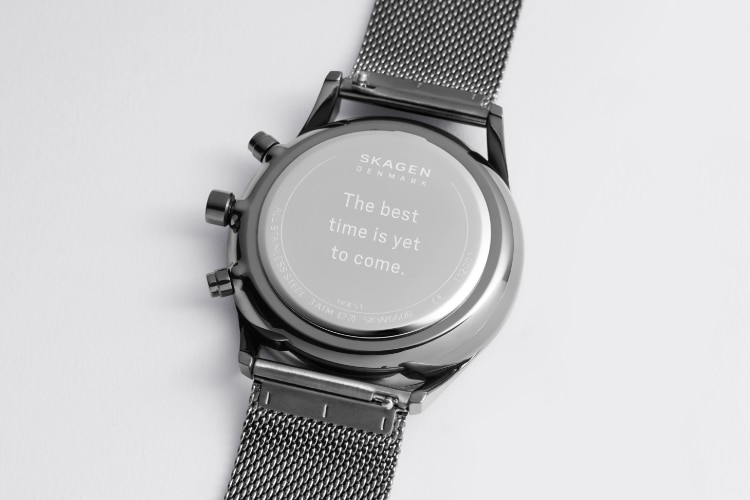 The back of a Skagen Melbye in showing the mesh clasp.