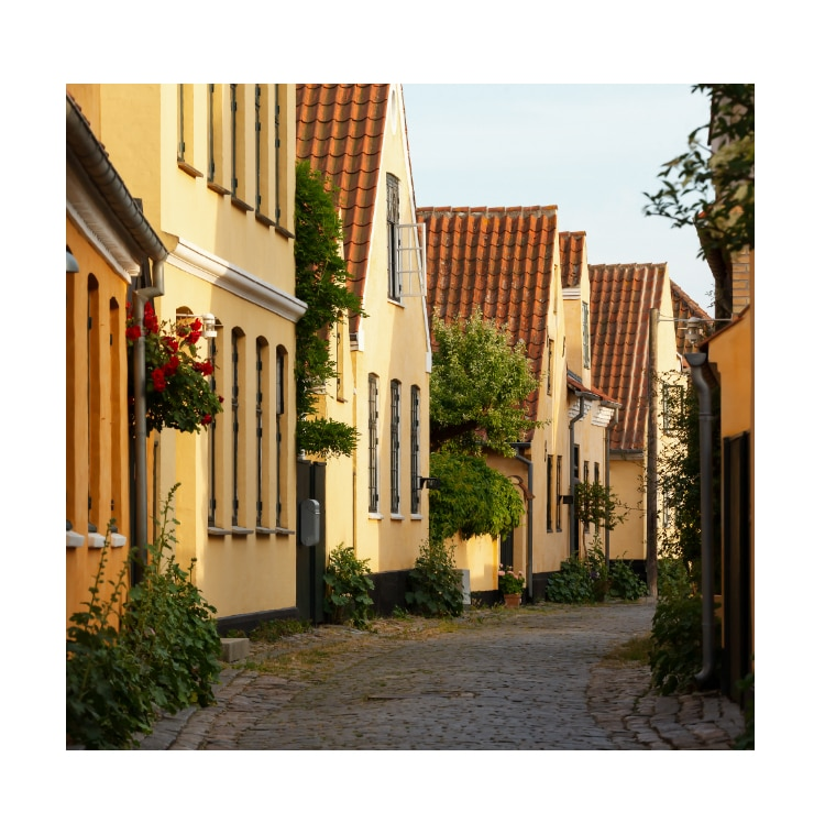 Image of a quiet Copenhagen street.